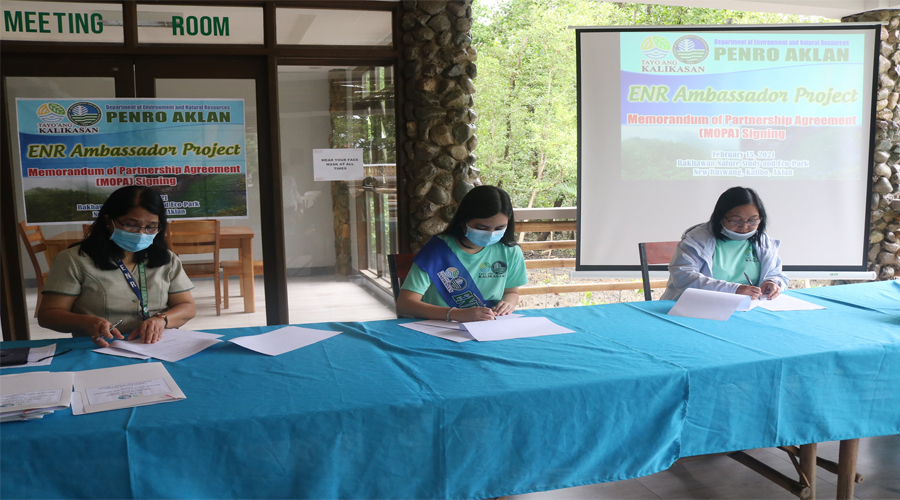 PENRO Aklan, Youth partners ink MOPA for TAK ENR Ambassador Project